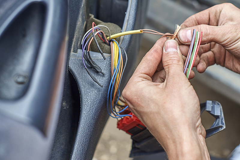 Mobile Auto Electrician Near Me in Colchester Essex